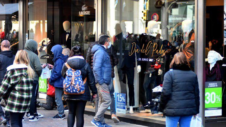 Las ventas por el Día del Padre crecieron 35,8%, según CAME