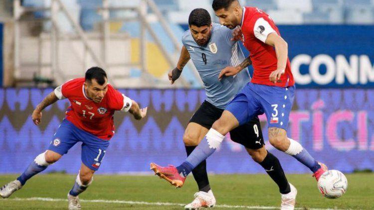 Chile y Uruguay empataron 1-1 por la Copa América.