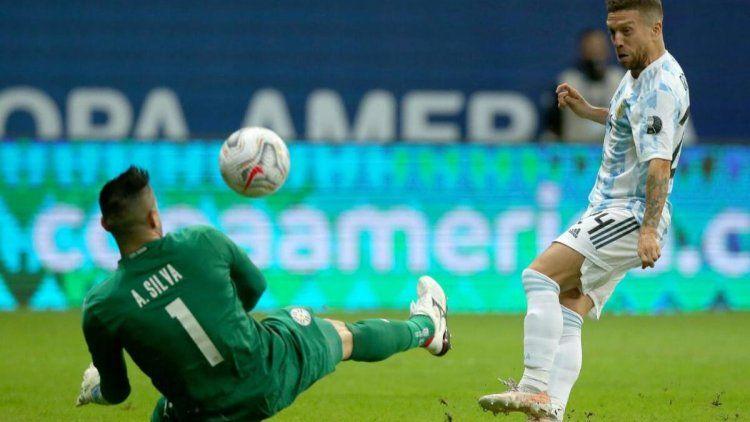 Con una linda jugada colectiva, Argentina vence a Paraguay