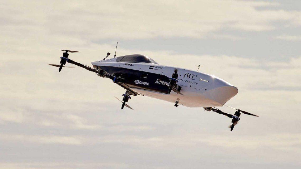 El Airspeeder se fabrica con la participación de Mclaren y Boeing.