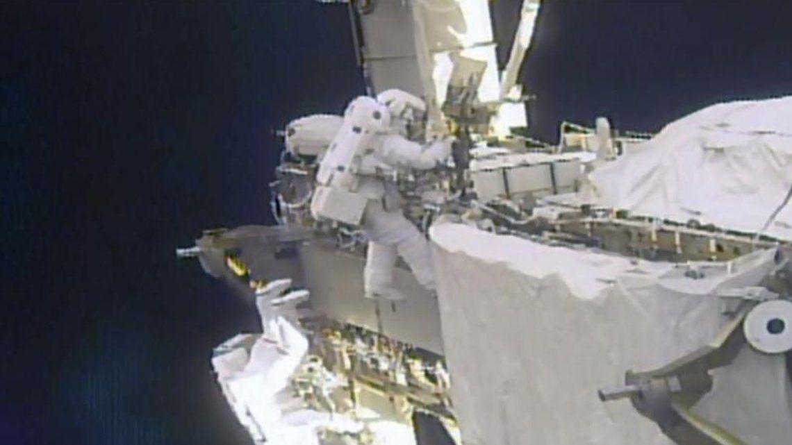 La NASA está buscando la forma de lavar ropa de astronautas.
