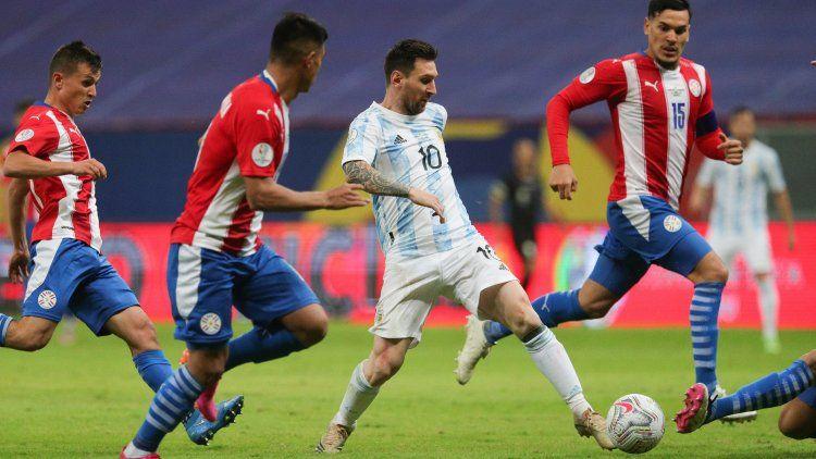 Posiblemente Messi no sea de la partida en el encuentro que la Selección Argentina sostendrá ante Bolivia el lunes
