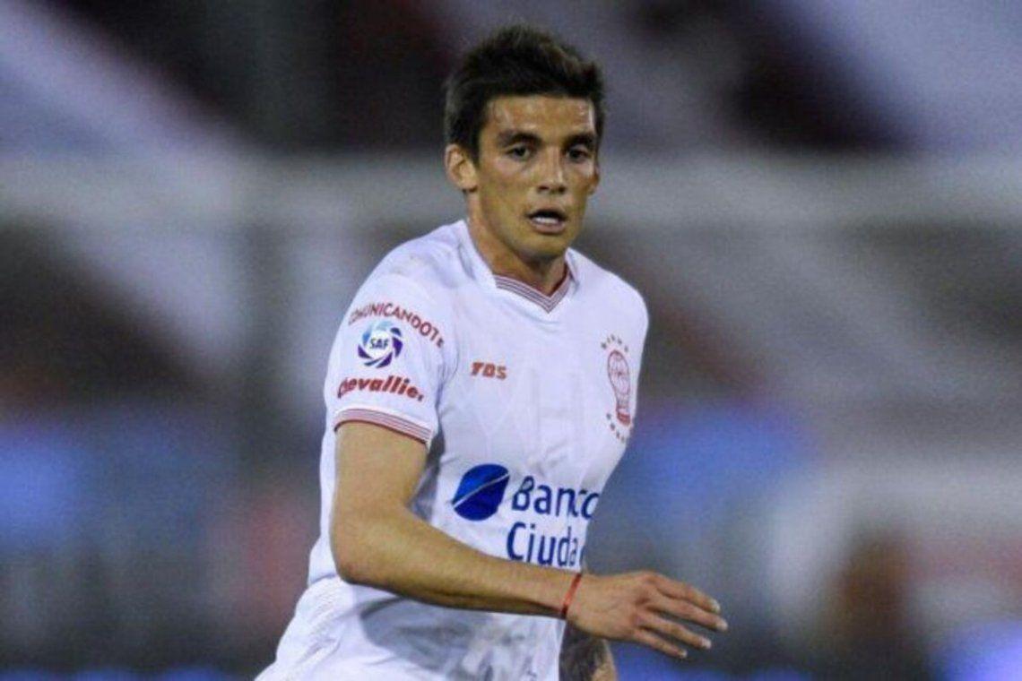 Juan Fernando Garro se va de Hracán a Newells