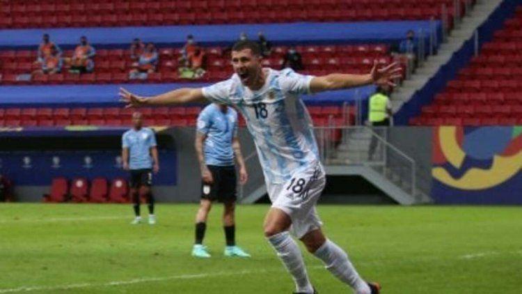Guido Rodríguez llamó la atención del Arsenal.