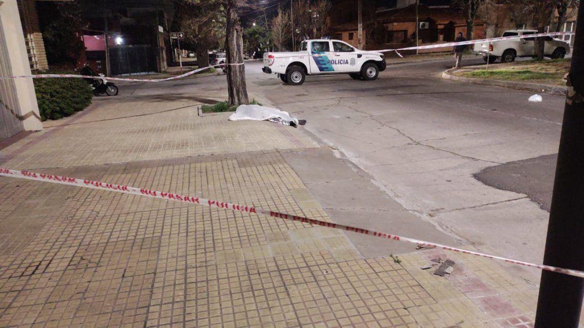 La Plata: matan a ladrón de 15 años tras ingresar a una casa.