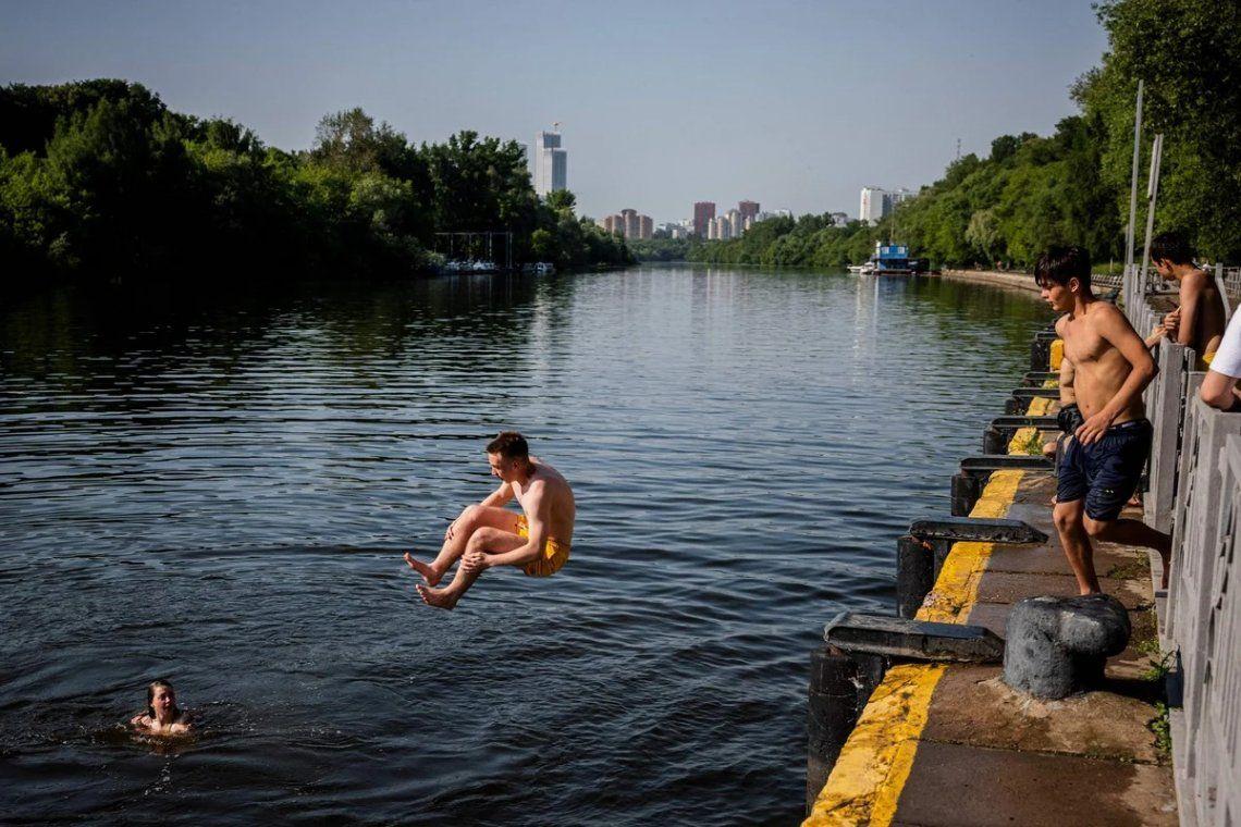 En fotos: arde Moscú por una ola de calor histórica