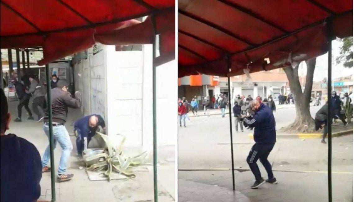 La escena quedó grabada por una persona que filmó todo con su celular.