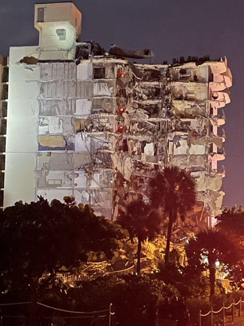 Miami: se derrumbó un edificio de 12 pisos