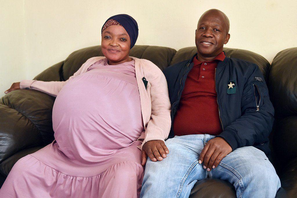 Sudáfrica: mujer que dio a luz a 10 bebés no estaba embarazada