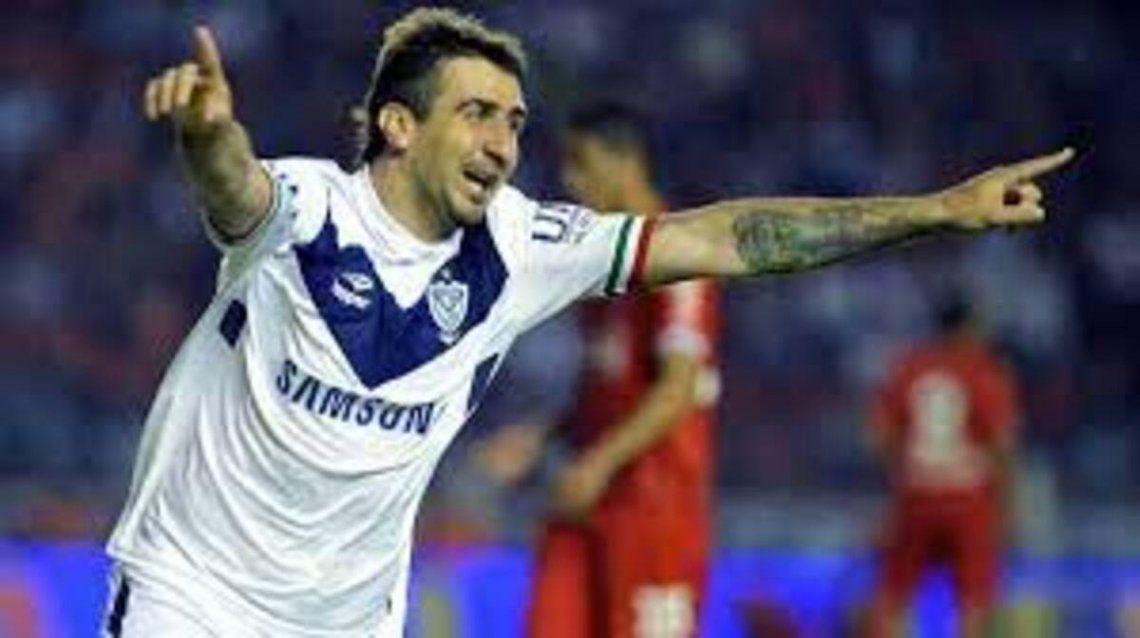 El Oso jugó en Vélez entre 2012 y 2014.