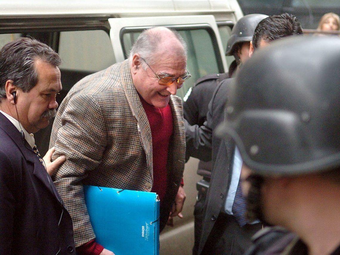 El represor uruguayo José Nino Gavazzo gozaba desde 2015 del beneficio de la prisión domiciliaria.