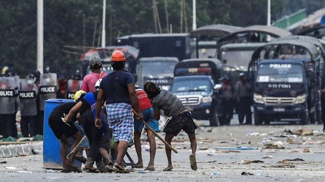 Desde el inicio del golpe de estado se han contabilizado más de 6.000 detenciones.