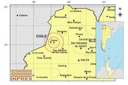 El sismo fue aproximadamente a las 21.30 horas.