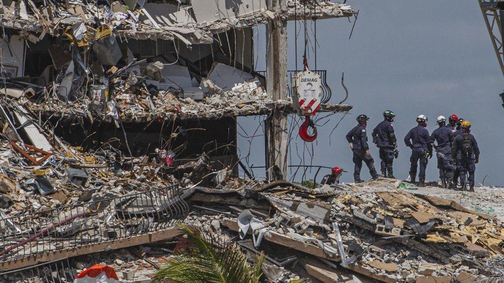 Ya son 18 los muertos por el derrumbe en Miami.