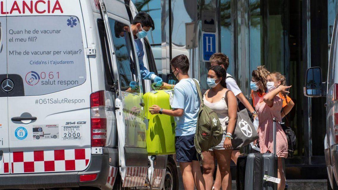 Los viajes de egresados de jóvenes han sido foco de contagios en Mallorca.