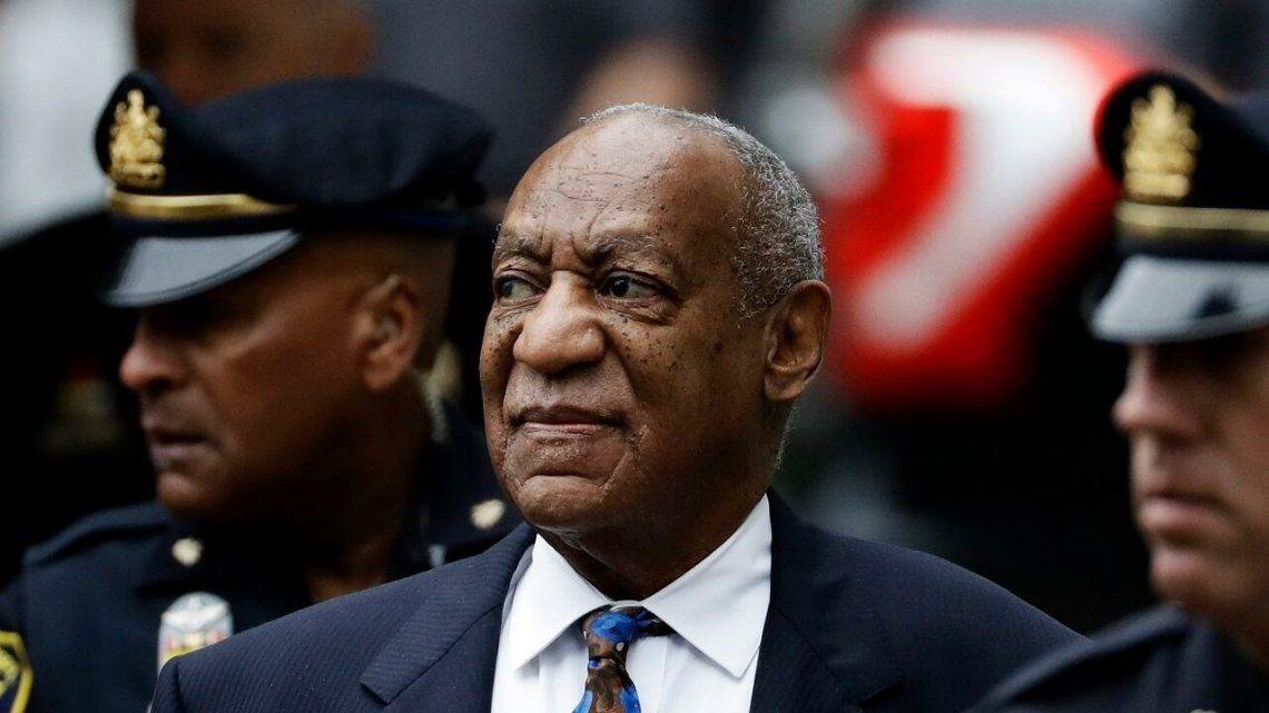Anulan la condena de Bill Cosby por agresión sexual.