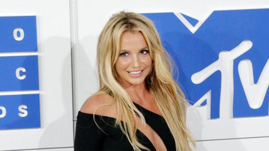 Britney Spears: su padre seguirá controlando su patrimonio.