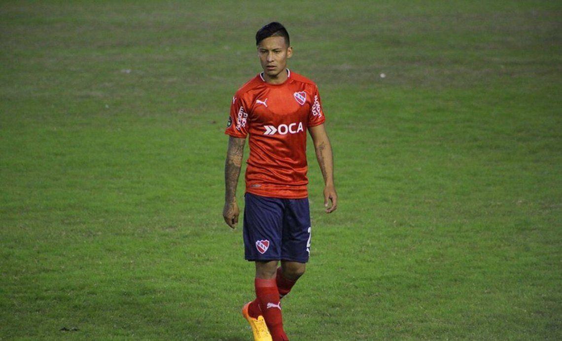 Domingo Blanco afirmó que su cabeza continúa en Independiente.
