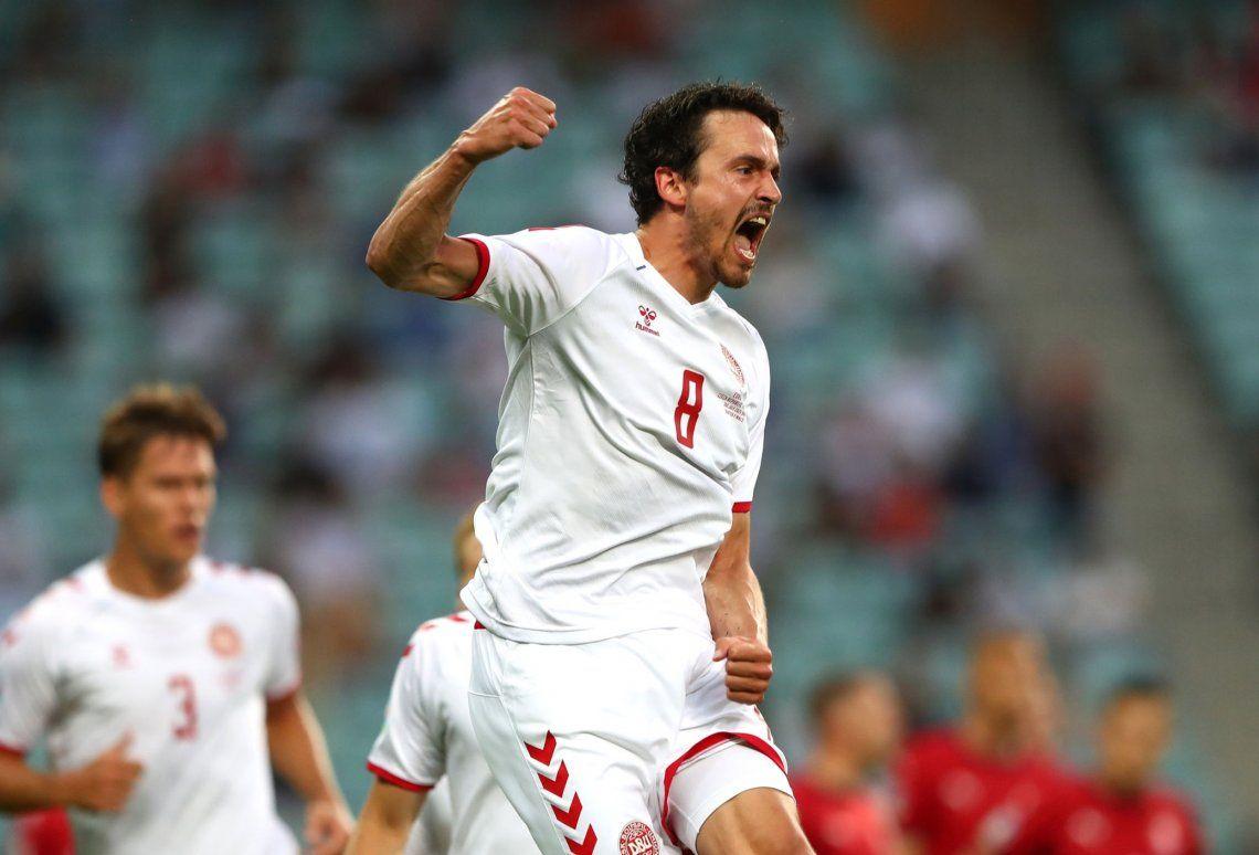 Delaney festeja el primer gol de Dinamarca