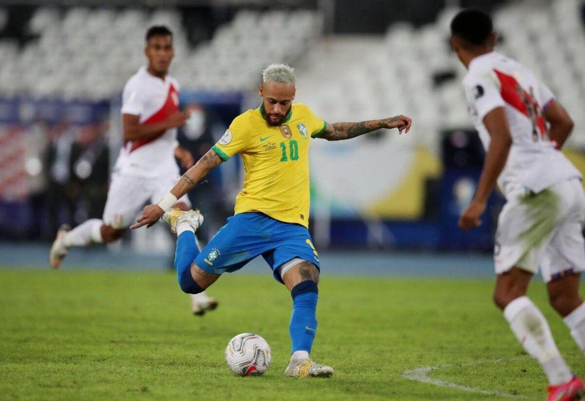 Neymar aseguró que quiere una final con Argentina.