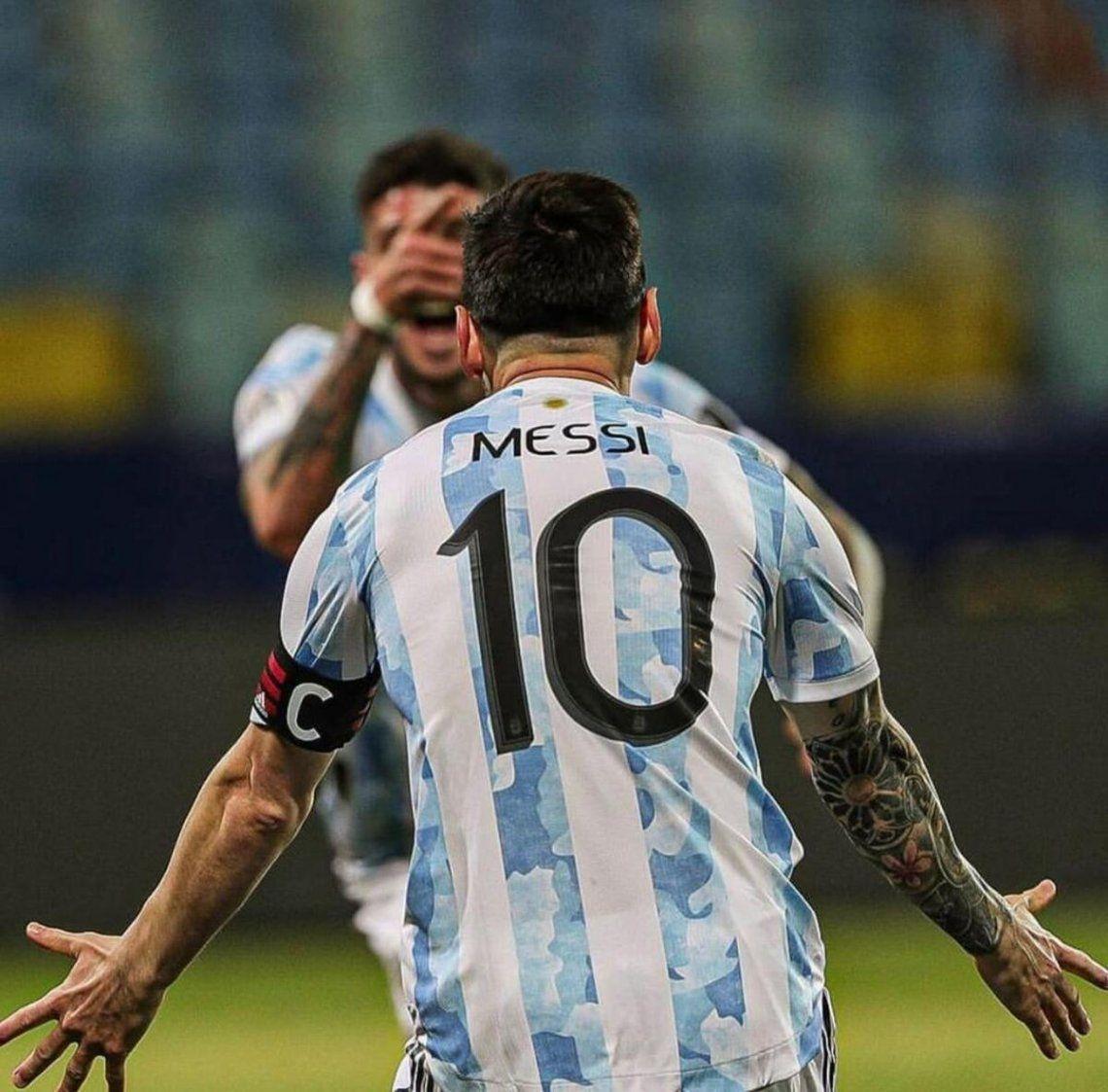 La selección de Messi se prepara para la sefiminal de la Copa América.