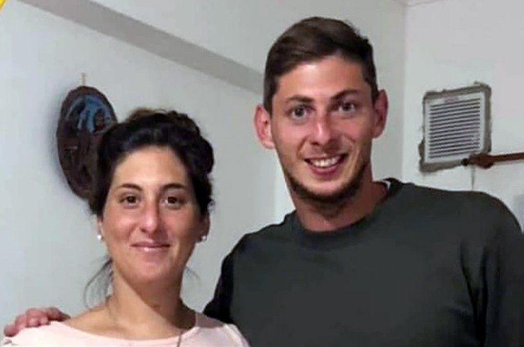 Romina Sala junto a su hermano mayor