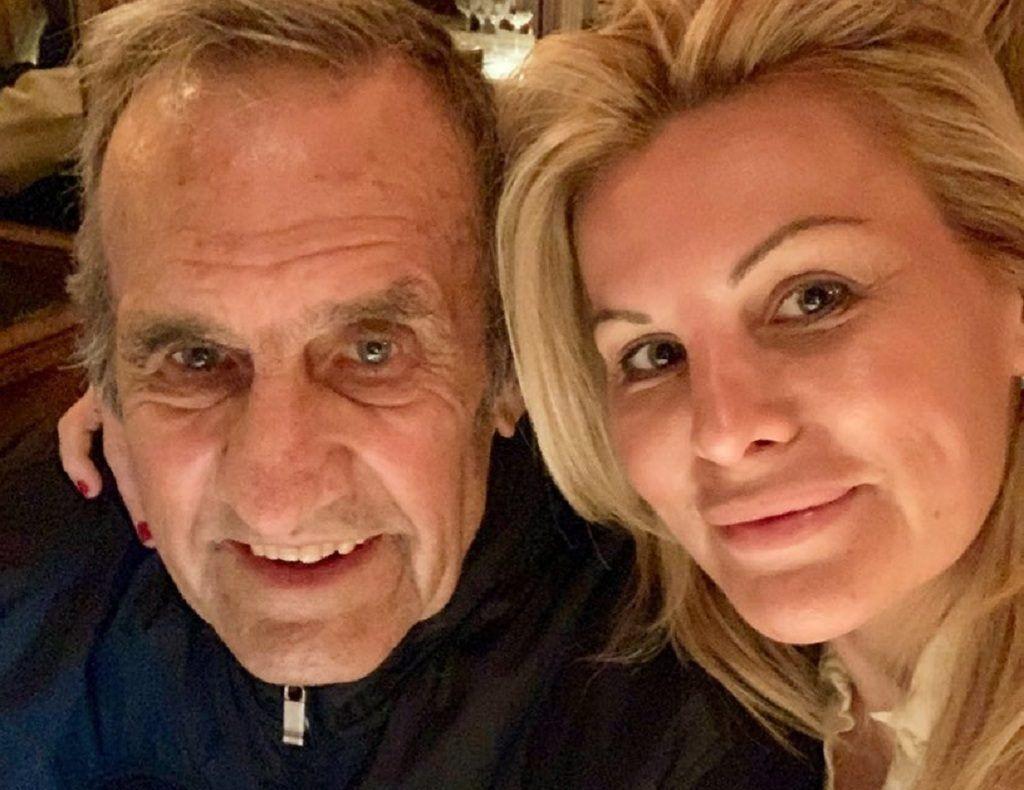Lole Reutemann junto a su hija Mariana en una imagen reciente. Twitter.