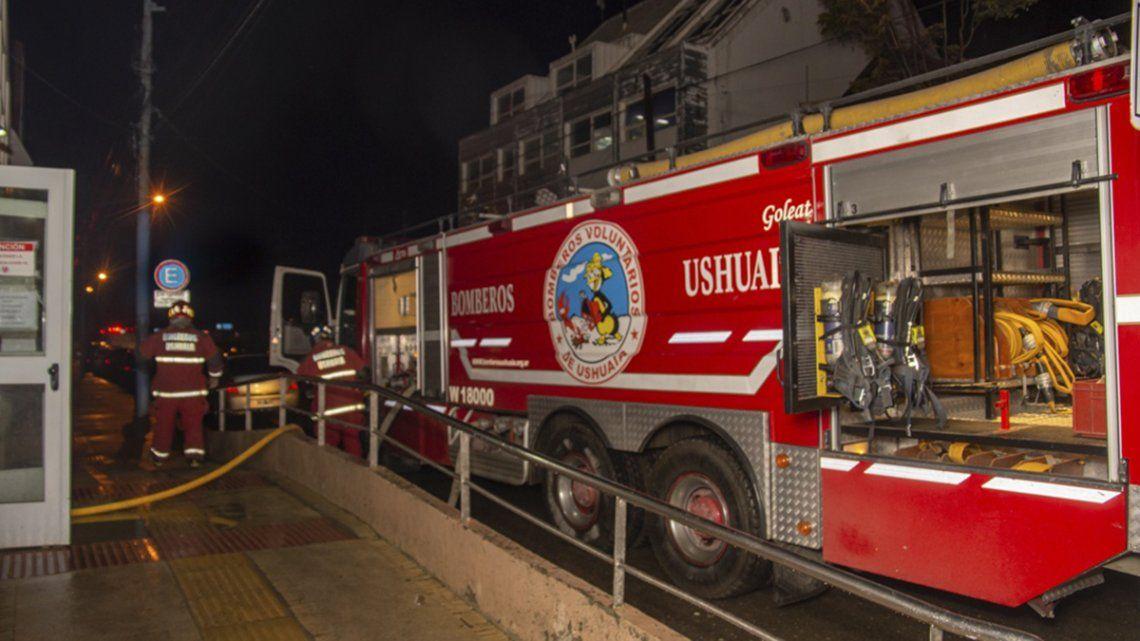 El hospital sufrió daños que todavía no terminan de evaluarse y que motivaron su cierre completo.