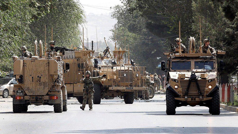 Reino Unido retira sus tropas.