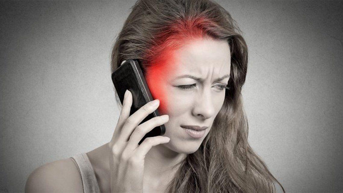 17 minutos con tu celular al día aumenta el riesgo de cáncer.