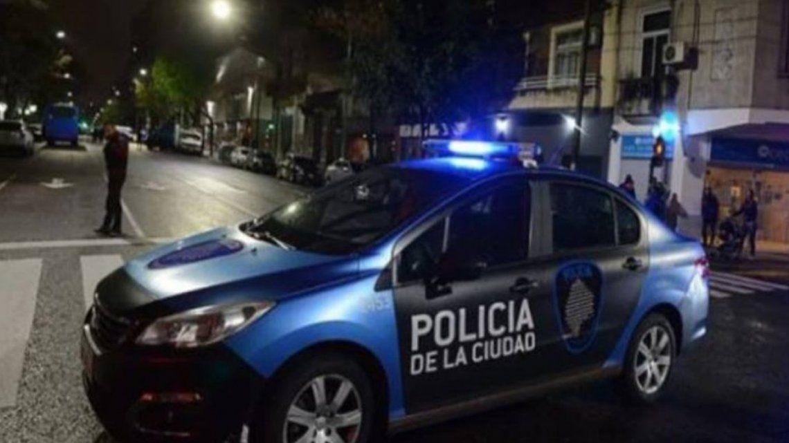 Liniers: Detienen a hombre acusado de drogar y abusar sexualmente a la expareja de un amigo.