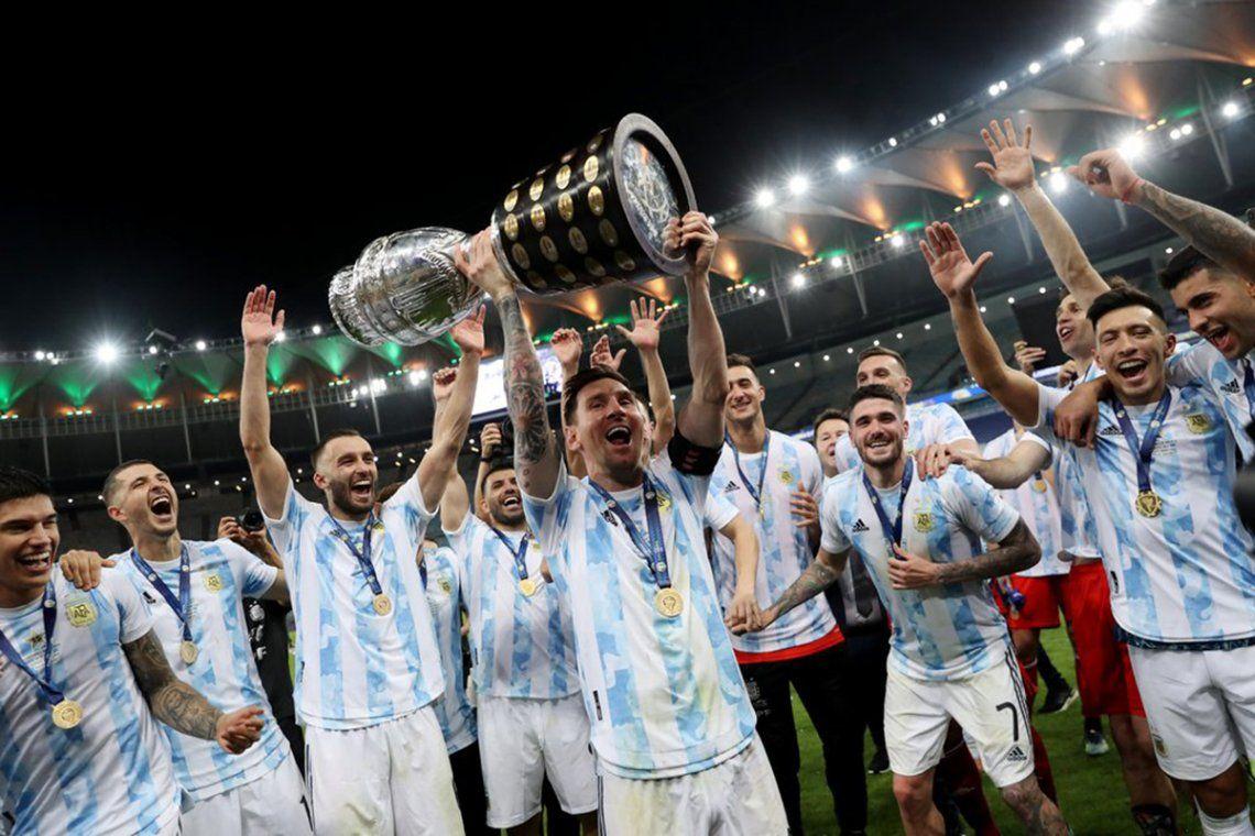 Los famosos felicitaron a los jugadores y expresaron su pasión por la selección y la alegría por esta copa.