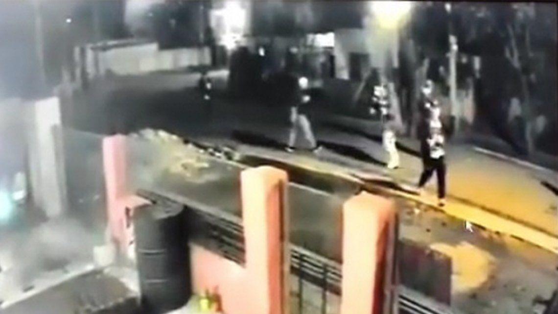 Los incidentes en Plátanos se registraron pasadas las 4 de la madrugada.