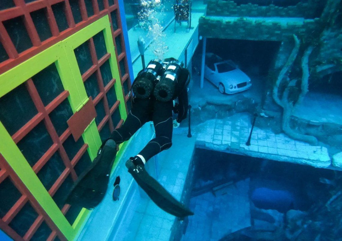 En fotos: Deep Dive Dubái, la piscina más profunda del mundo