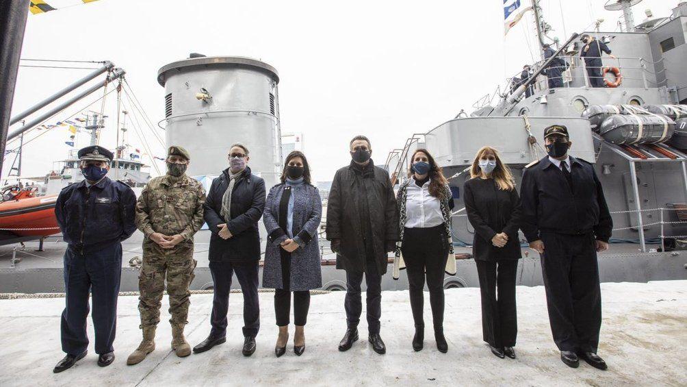 Buques de la Armada brindarán servicios sanitarios y sociales por el Río Paraná