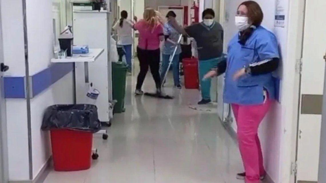 Hospital festejó bailando que no tiene pacientes con Covid.