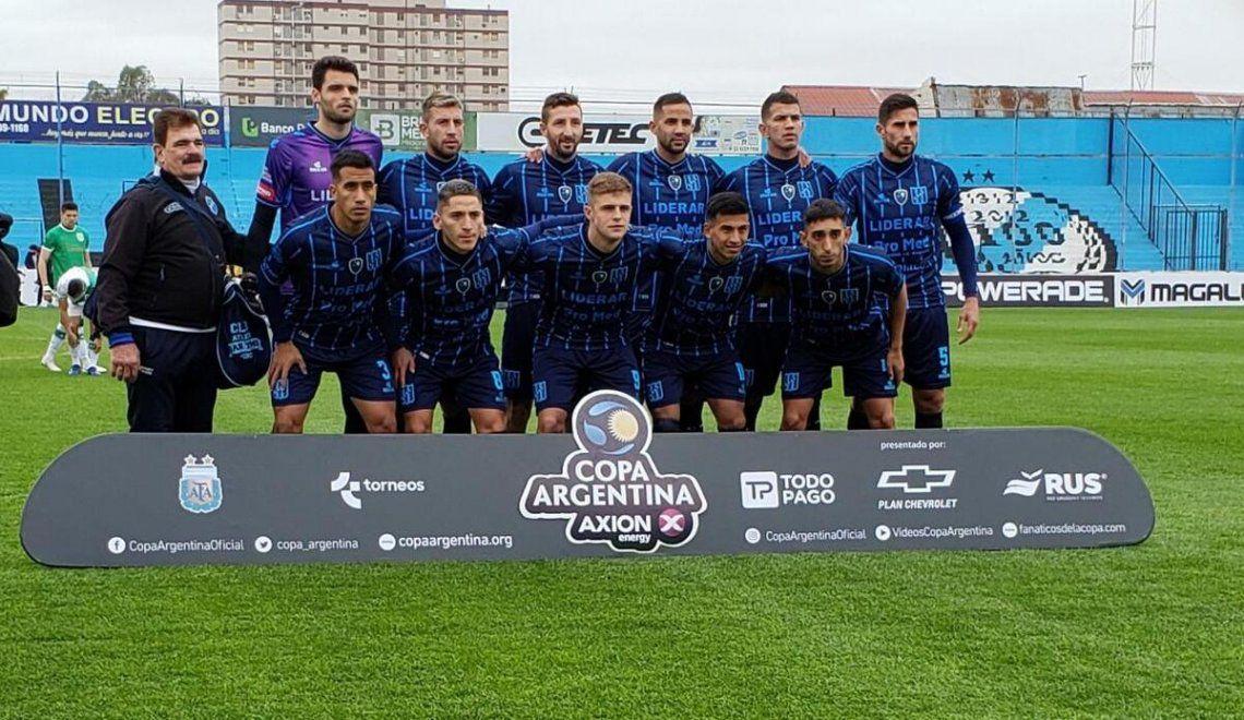San Telmo avanzó a los cuartos de final de la Copa Argentina .