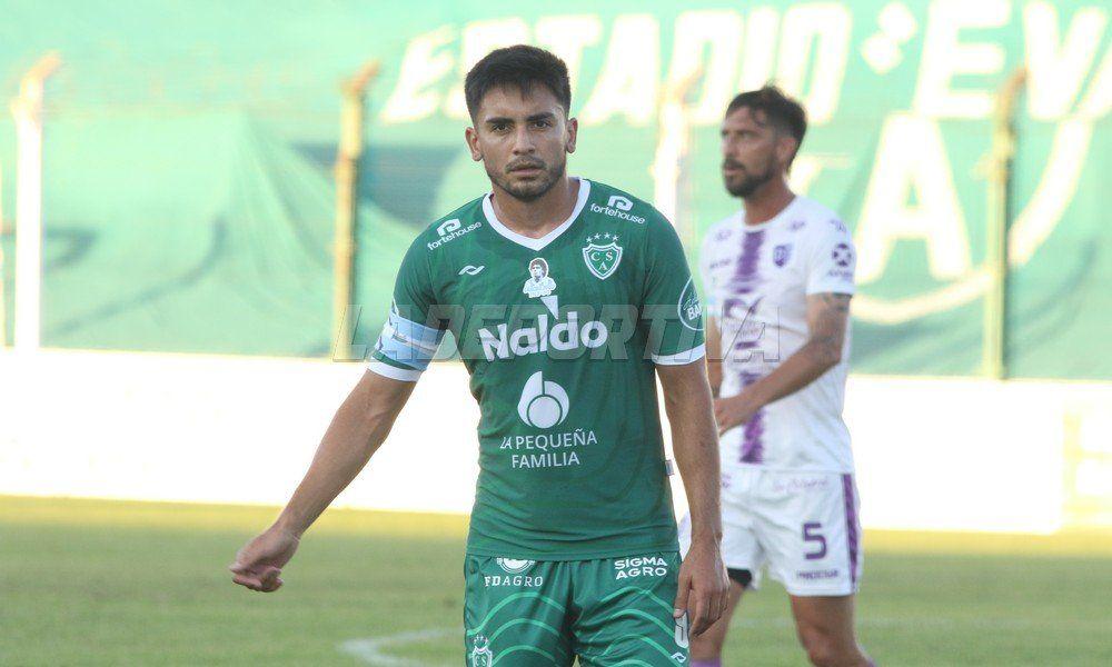 Jonatan Torres sería el delantero de punta en Sarmiento