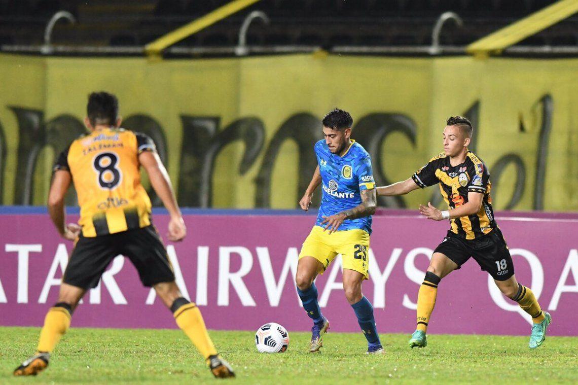 Rosario Central igualó 2-2 en Venezuela.