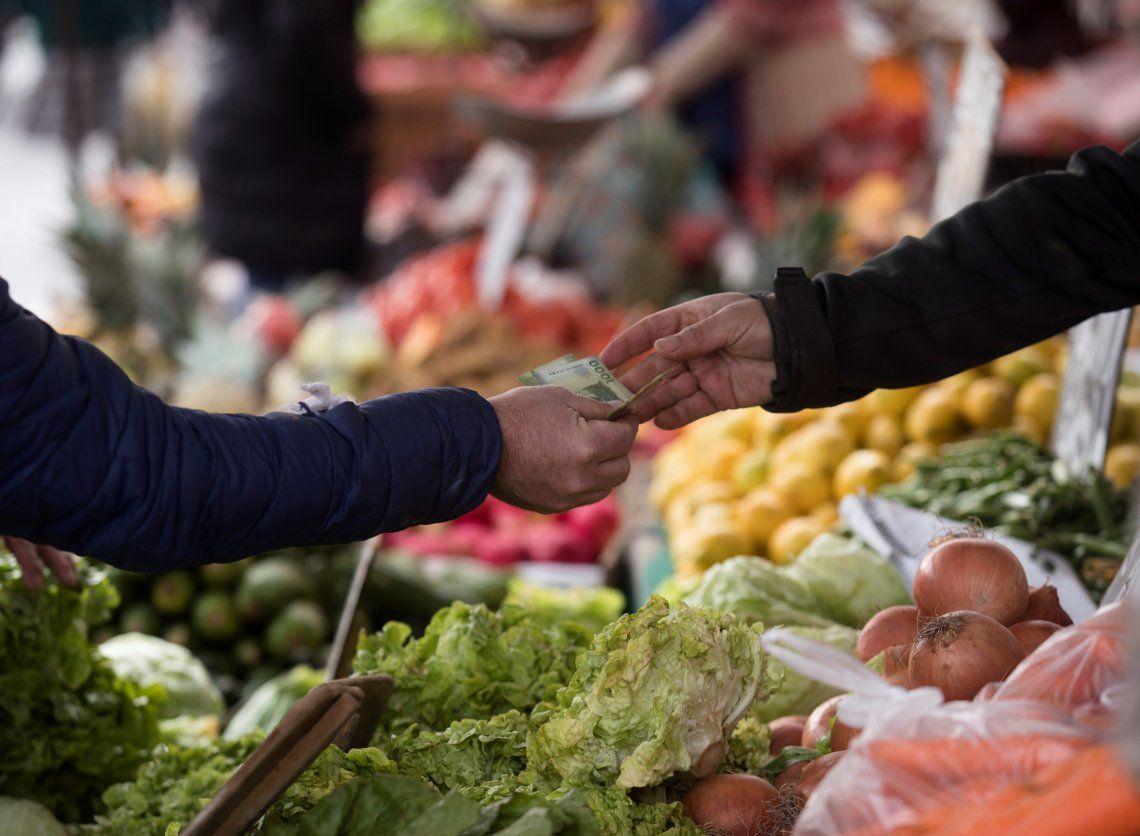 Tanto frutas como las verduras