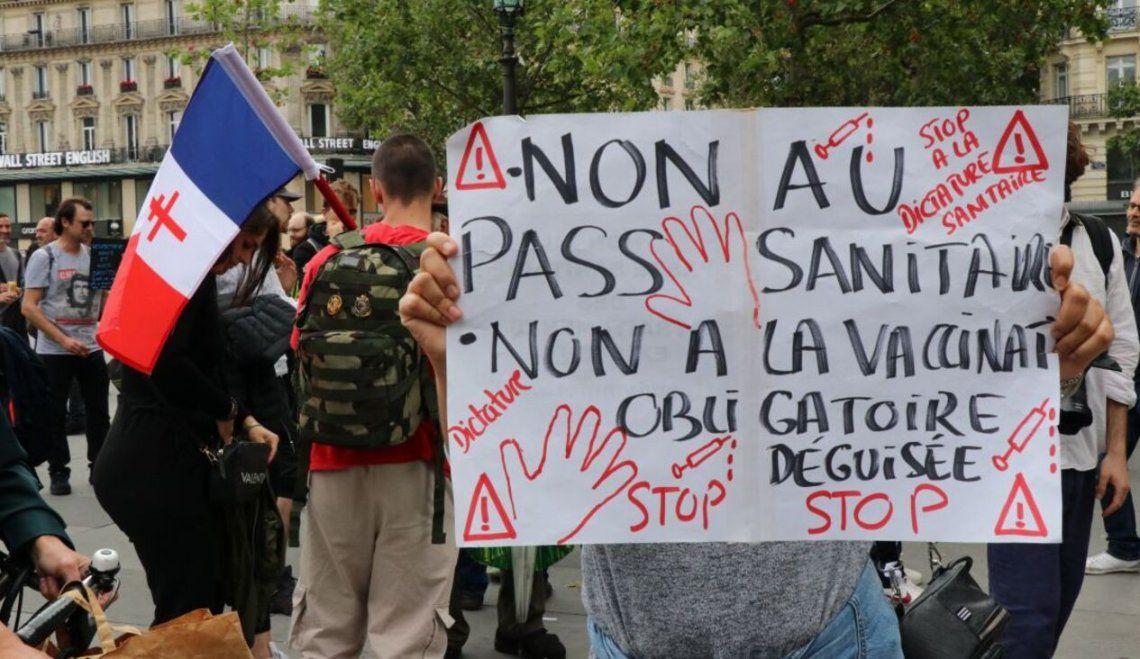 Protestas en Francia contra la vacunación oblkigatoria contra el coronavirus
