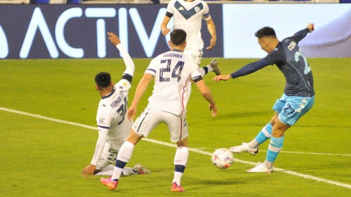 Correa debutó en la igualdad entre Vélez y Racing.