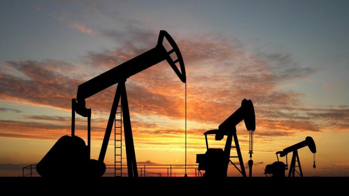 La OPEP acordó aumentar la producción de petróleo de modo escalanado durante 2021