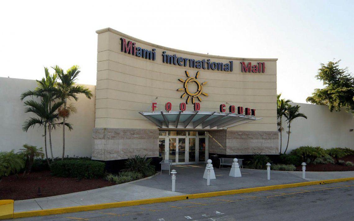 Robo en Miami International Mall usando repelente de osos