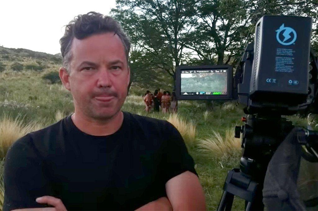 El director Iván Noel filmando en 2020 en Córdoba. Foto: YouTube
