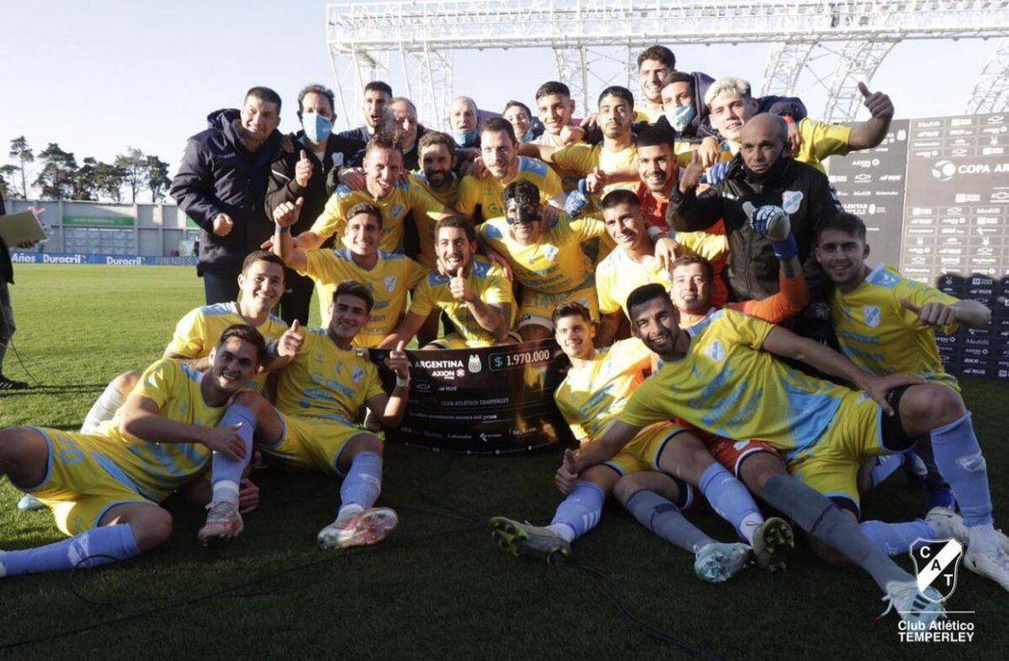 Temperley se clasificó a los cuartos de final de la Copa Argentina.