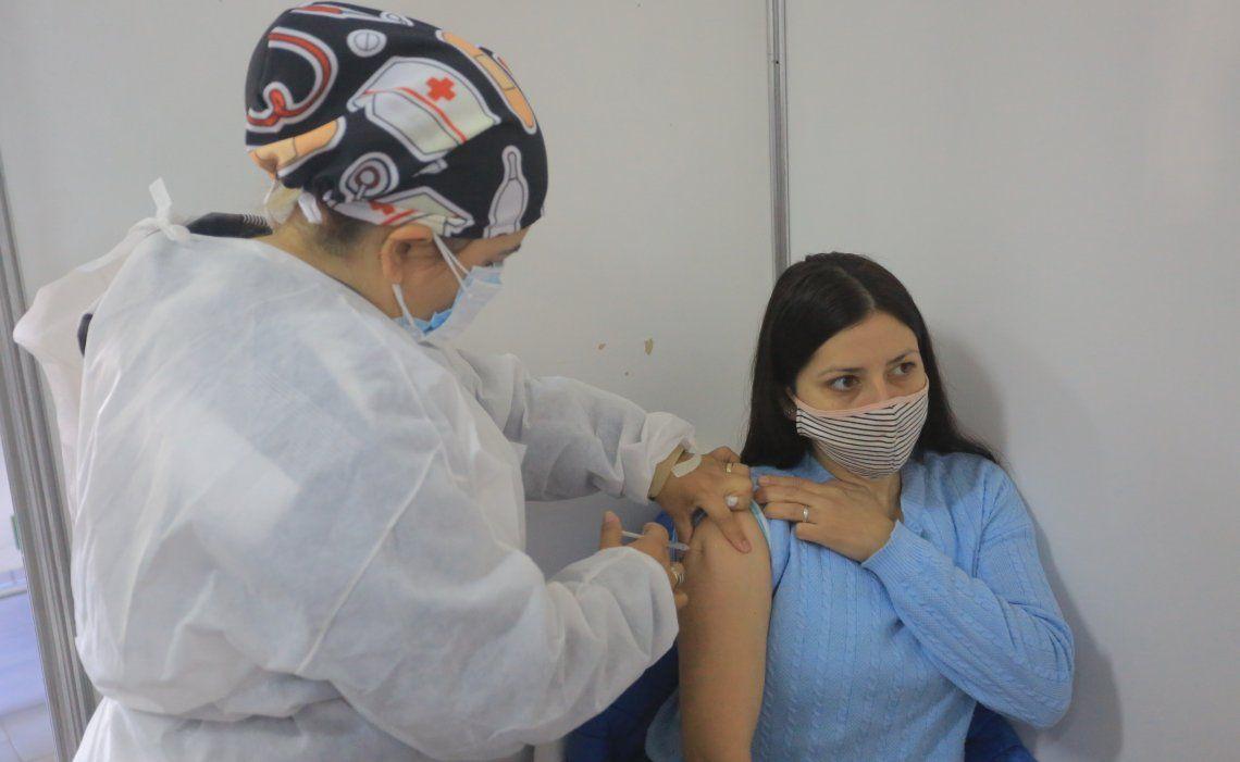 La OMS se expresó sobre la vacunación.