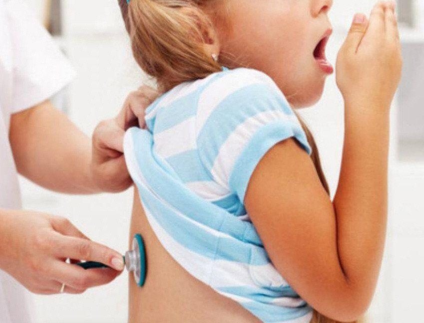 Especialistas insisten en realizar la consulta médica correspondiente ante la posibilidad de tener bronquiolitis.