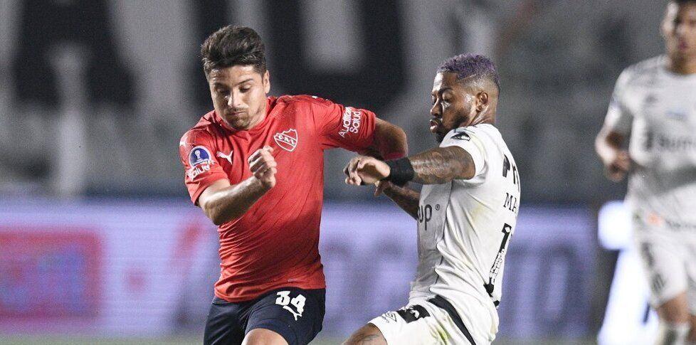 Sebastián Palacios sería titular en Independiente.
