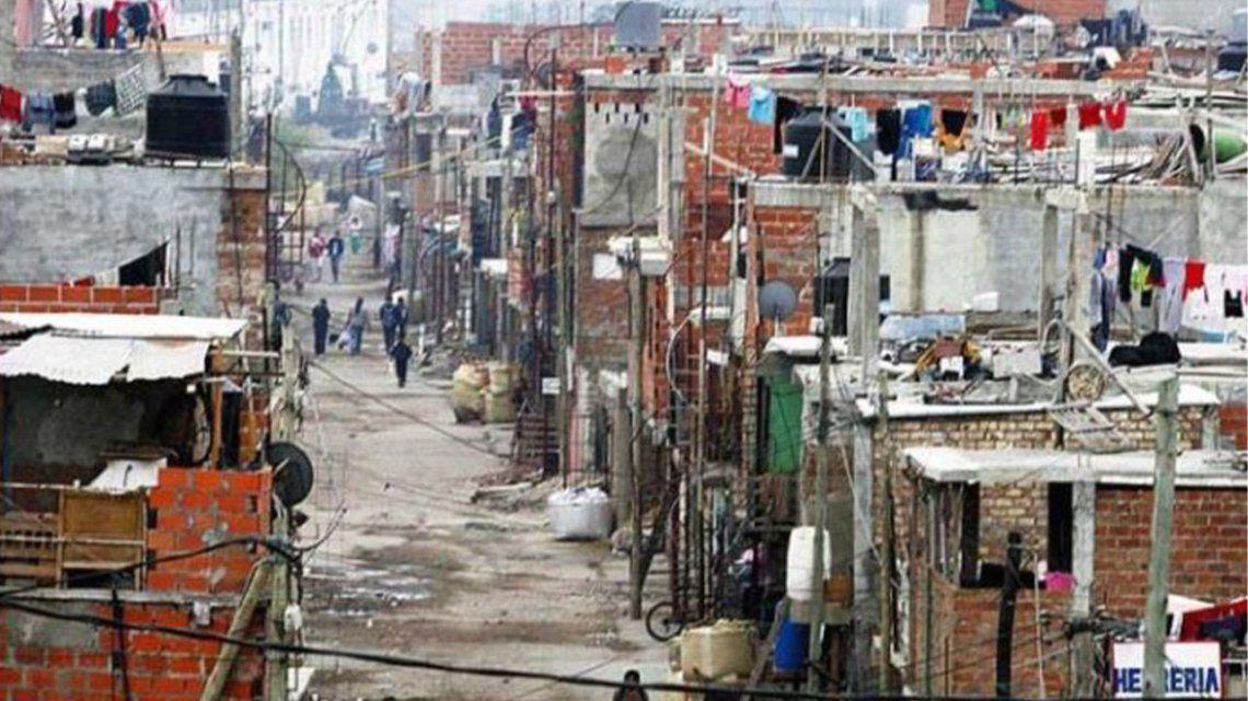 Vecinos de la ex Villa 31 denuncian graves falencias en viviendas asignadas por CABA.
